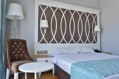 inre modernt för sovrumdesign Royaltyfri Bild