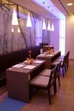 inre modernt för cafe Royaltyfri Bild