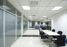 inre modernt kontor Royaltyfria Bilder