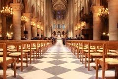 Inre Notre Dame de Paris arkivbild