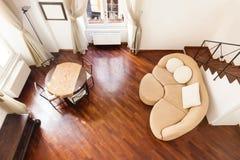 Inre ny lägenhet royaltyfri fotografi