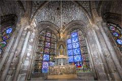 Inre och detaljer av basilikan av St Denis, Frankrike Royaltyfri Foto