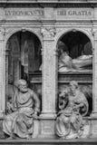 Inre och detaljer av basilikan av St Denis Paris Fran Royaltyfri Fotografi