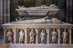 Inre och detaljer av basilikan av St Denis Paris Fran Arkivfoton