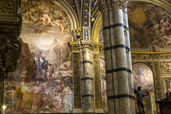 Inre och detaljer av den Siena domkyrkan, Siena, Italien Arkivbild