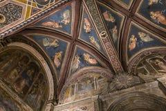 Inre och detaljer av Palazzo Pubblico, Siena, Italien Arkivfoto
