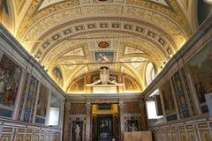 Inre och detaljer av Vaticanenmuseet, Vatican City Royaltyfri Foto