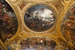 Inre och tak av Château de Versailles, Frankrike Arkivfoto