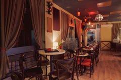 Inre Retro design för kafé Royaltyfri Fotografi