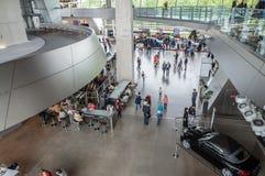 Inre sikt av BMW bården i Munich Arkivfoto