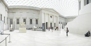 Inre sikt av den stora domstolen på British Museum i London Fotografering för Bildbyråer