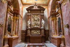 Inre sikt av domkyrkan för St Emmerams, Nitra i Slovakien ST royaltyfria foton