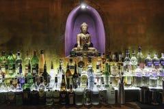 Inre sikt av en bar Royaltyfria Foton
