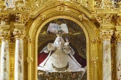 Inre sikt av kyrkan av Santo Domingo Arkivfoto
