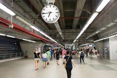 Inre sikt av stationen för sammanlänkning för Suvarnabhumi flygplatsstång Arkivfoto