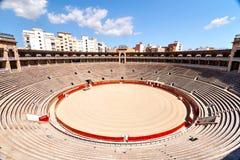 Inre sikt av tjurfäktningsarenan i Mallorca Royaltyfri Foto