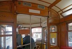 Inre spårvagn 28, Lissabon, Portugal uteplats Arkivfoton