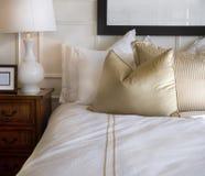 inre stilfullt för sovrumdesign Royaltyfri Bild