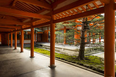 Inre vägg av den Heian relikskrin; Kyoto; Japan Royaltyfri Bild