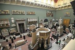 Inre Victoria och Albert Museum i London, England Royaltyfria Bilder