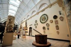 Inre Victoria och Albert Museum i London, England Royaltyfria Foton