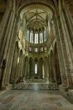 Inredesign av den Mont Saint-Michel abbotskloster på dagen, Frankrike Royaltyfri Bild