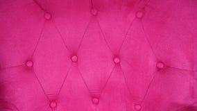 Inredningsoffa med fuchsian eller rosa färgstoppning fotografering för bildbyråer