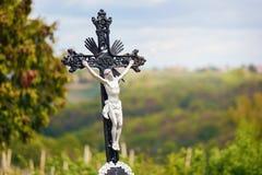 INRI自然,在十字架上钉死耶稣 库存照片
