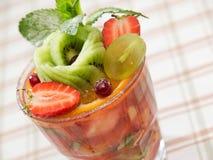 Insalata del cocktail di frutta Fotografie Stock Libere da Diritti