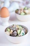 Insalata del fegato con i cetrioli e le uova Fotografie Stock Libere da Diritti