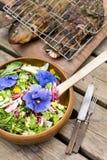 Insalata del fiore e pesce grigliato Fotografia Stock Libera da Diritti