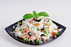Insalata del riso con le verdure Fotografie Stock