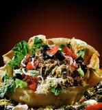 Insalata del Taco nelle coperture Fotografie Stock Libere da Diritti