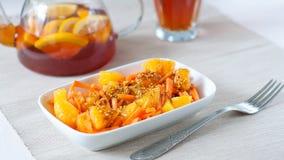 Insalata della carota con l'arancia immagini stock libere da diritti