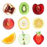 Insalata della frutta fresca sulla zolla blu Immagine Stock Libera da Diritti
