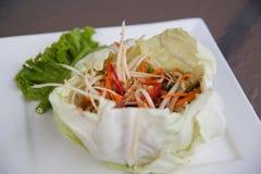 Insalata della Tailandia sulla tavola Immagine Stock Libera da Diritti