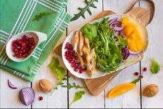 Insalata della verdura fresca con il rucola fotografie stock libere da diritti