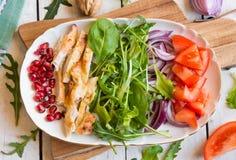 Insalata della verdura fresca con il rucola immagini stock