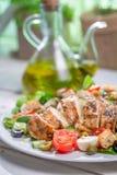 Insalata di Caesar con gli ortaggi freschi Fotografia Stock