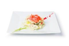 Insalata di color salmone fresca con il caviale fotografie stock libere da diritti
