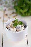 Insalata di dieta con i dadi della soia Fotografie Stock