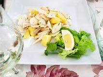 insalata di Polpo (salade avec le poulpe images stock