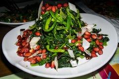 Insalata di verdure calda cinese con le arachidi Fotografia Stock