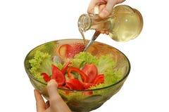 Insalata di verdure cucinata condita con olio vegetale Fotografia Stock Libera da Diritti