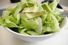 Insalata di verdure sana fresca in ciotola Immagine Stock Libera da Diritti