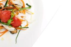 Insalata e verdure dei frutti di mare Immagini Stock