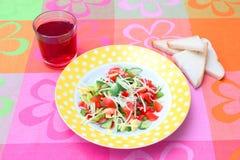 Insalata fresca con formaggio Immagine Stock