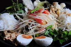 Insalata o somtum tailandese della papaia dell'alimento Immagine Stock