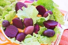 Insalata organica della barbabietola e della carota Immagine Stock Libera da Diritti