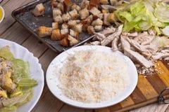 Insalata in piatto bianco bianco Fotografia Stock